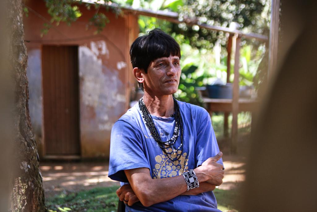 Olívio Jekupe, escritor e filósofo indígena da aldeia Krukutu. Foto:Juliana Kümmer/ Matilda.my